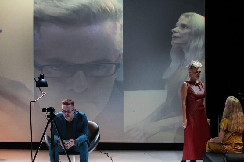 Γιάννης Χουβαρδάς: «Το θέατρο είναι η σχέση, η όπερα η ερωμένη»
