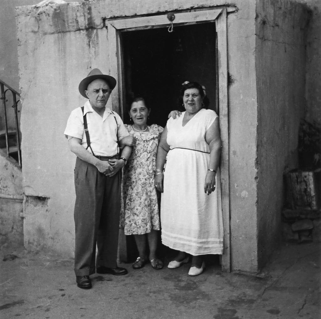 Η γυναίκα στο έργο και στη ζωή του Νίκου Καββαδία