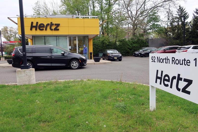 Κορονοϊός: Η εταιρεία Hertz κήρυξε πτώχευση σε ΗΠΑ και Καναδά