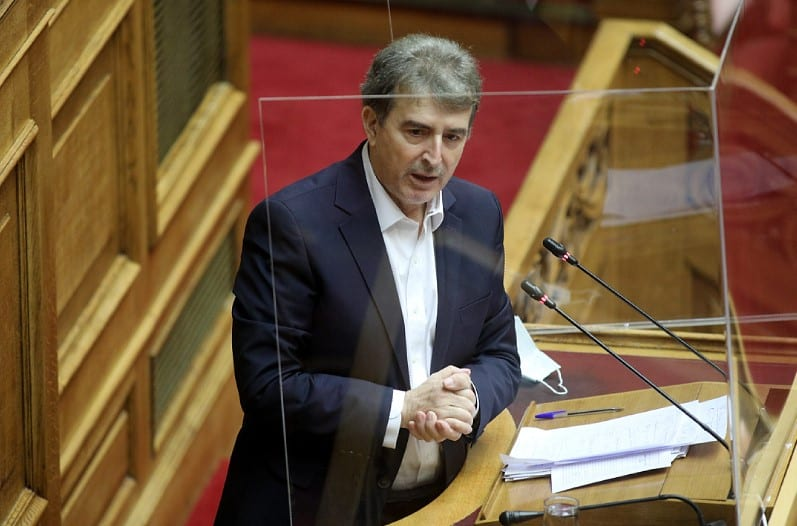 Χρυσοχοΐδης: «Νεκρή η πόλη μετά τις 22:00» – Προανήγγειλε αστυνομικές επεμβάσεις με ή χωρίς καταγγελία (Video)