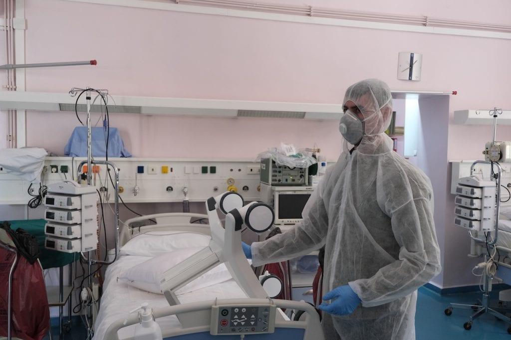 Επιστολή-καταπέλτης των Νοσοκομειακών Γιατρών προς Μητσοτάκη: Έστω κι αυτή τη στιγμή, ακούστε τη φωνή μας!