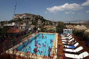 Κορονοϊός: Αναστολή λειτουργίας των ξενοδοχείων 12μηνης λειτουργίας έως τέλος Απριλίου