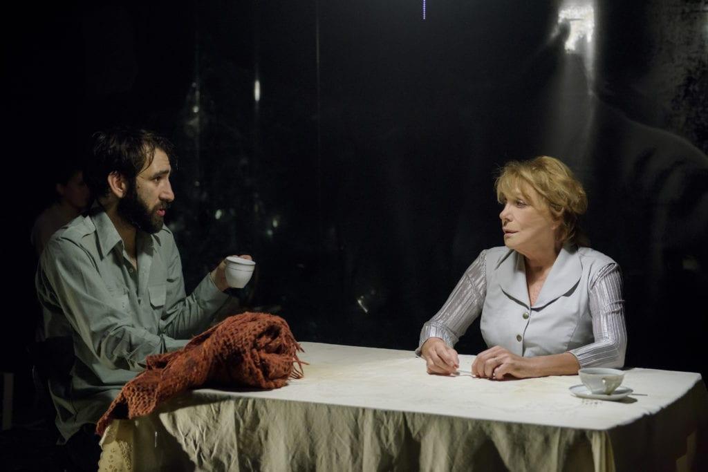 To Θέατρο Οδού Κεφαλληνίας προσφέρει στο κοινό έξι σπουδαίες παραστάσεις του