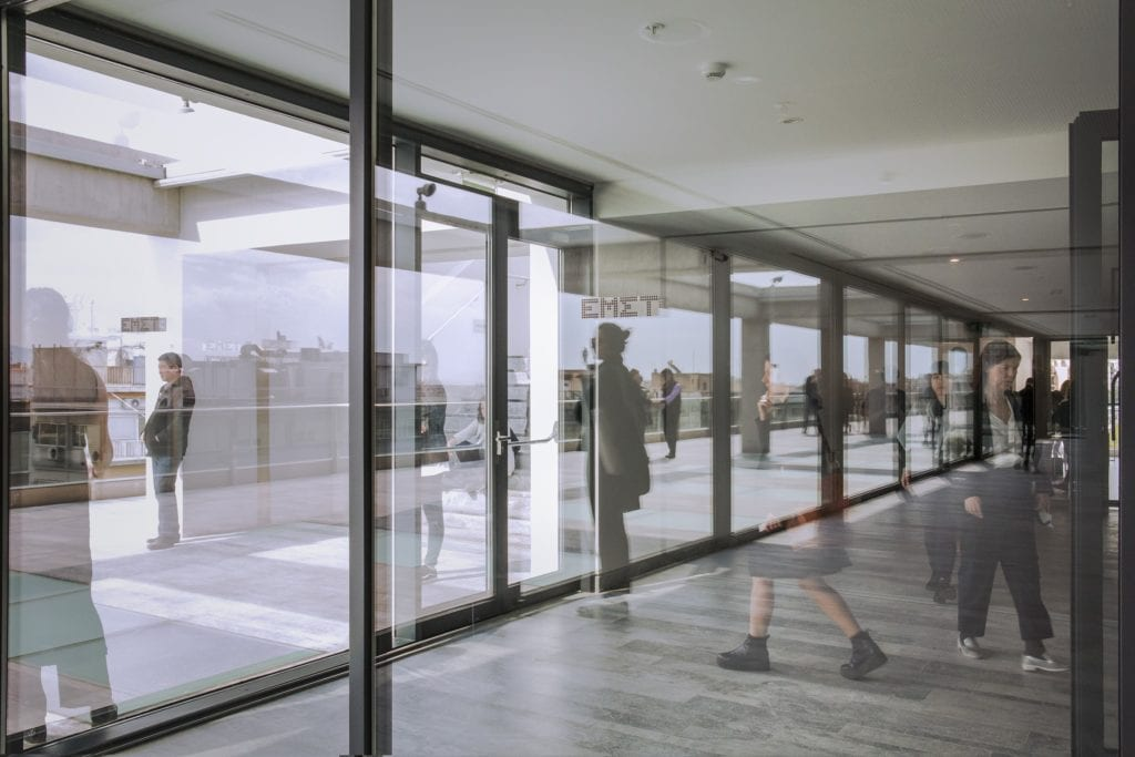 Ρεπορτάζ: Εθνικό μουσείο σύγχρονης αδιαφάνειας (ΕΜΣΤ-ΟΔΕΜΣΤ)