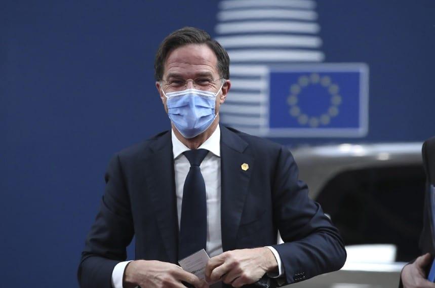 Ολλανδία: Το «σκάνδαλο των οικογενειακών επιδομάτων» πλήττει την κυβέρνηση Ρούτε