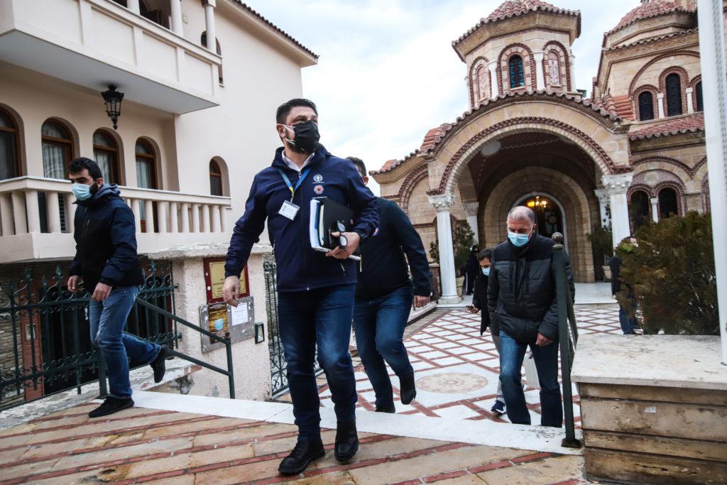 Συναγερμός στη Θεσσαλονίκη: Δύο διάκοι θετικοί σε στέλεχος νοτιοαφρικανικής μετάλλαξης (Photos)