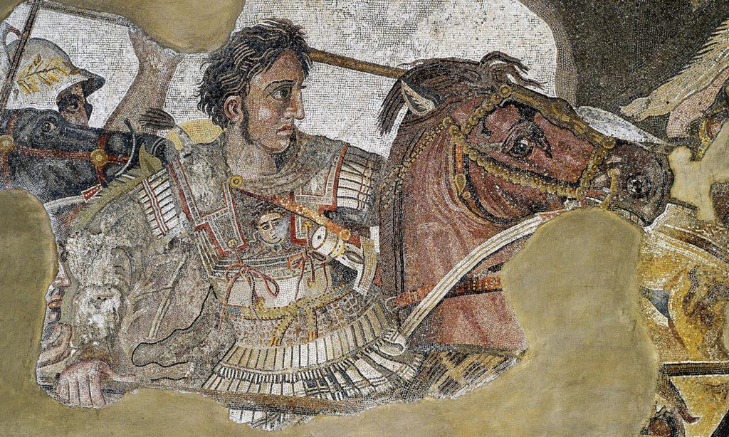 Κάρολ Τζ. Κινγκ: «Η βασιλεία διαφοροποιεί τον αρχαίο μακεδονικό από τον ελληνικό πολιτισμό»