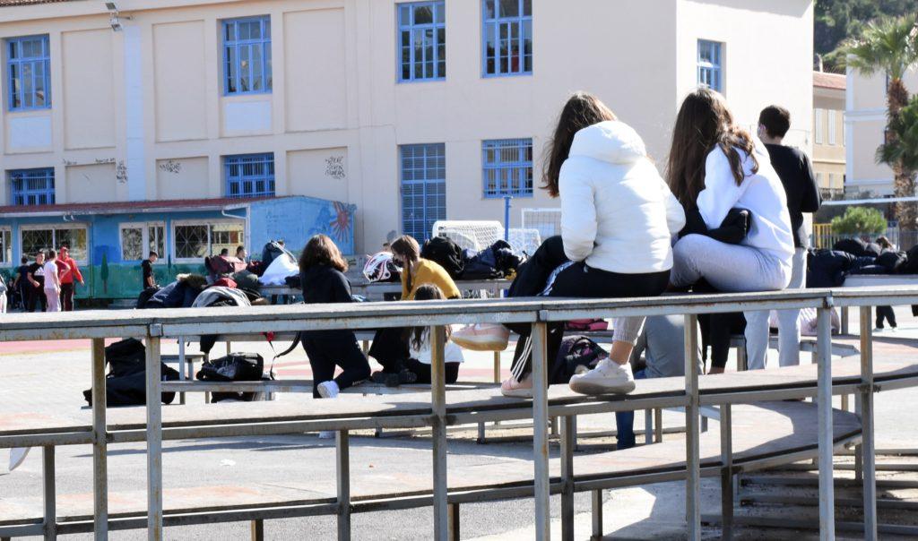 Θάσος: Ανησυχία για αυξημένα κρούσματα σε σχολεία του νησιού, εκφράζει ο ΙΣΚ