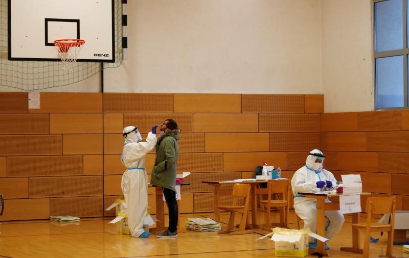 Γερμανία: Τον Μάρτιο εγκρίνονται τα γρήγορα τεστ κορονοϊού κατ' οίκον