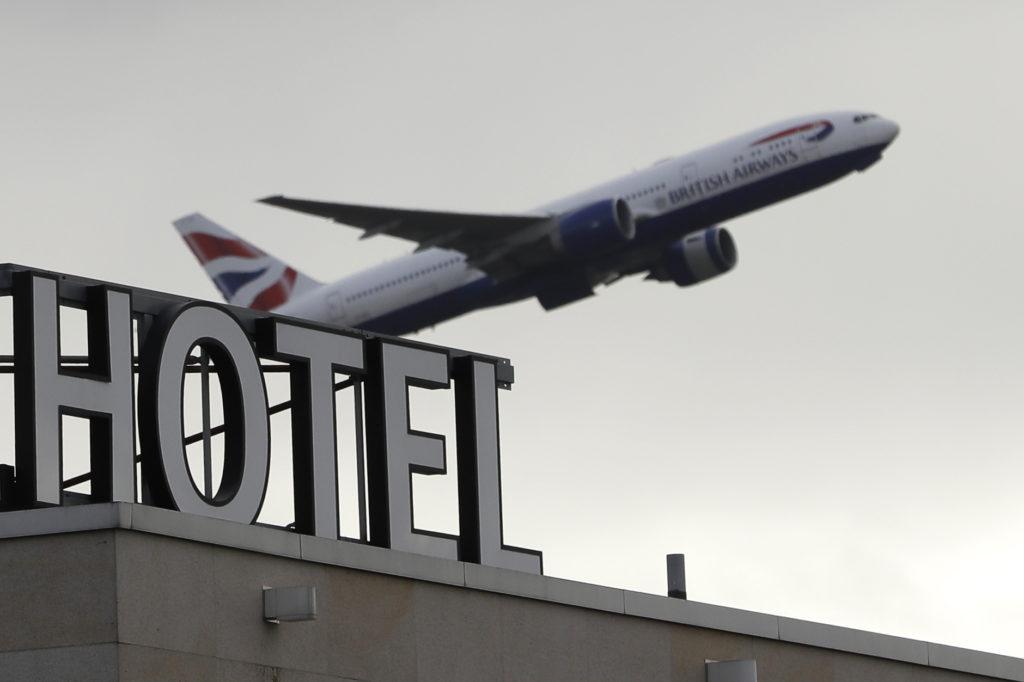 Βρετανία: Οι αεροπορικές εταιρίες ζητούν τα ταξίδια να συμπεριληφθούν στον οδικό χάρτη εξόδου από το lockdown