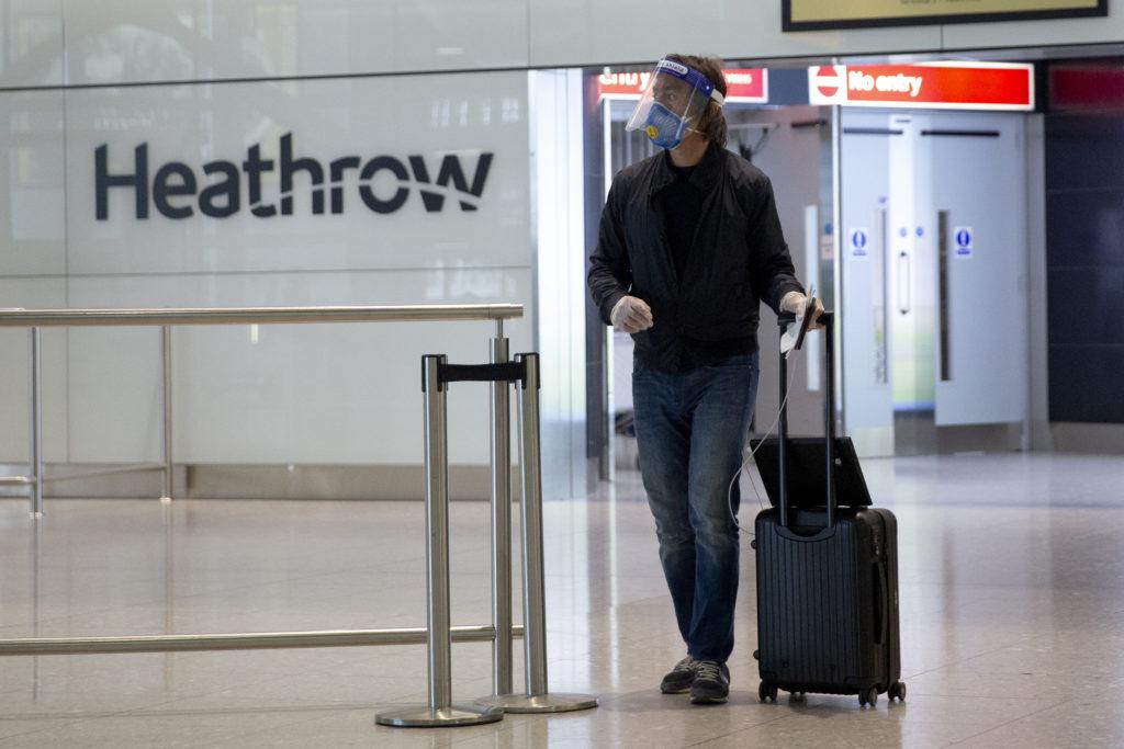 Βρετανία: Ζημίες 2 δισεκ. λιρών κατέγραψε το αεροδρόμιο Χίθροου