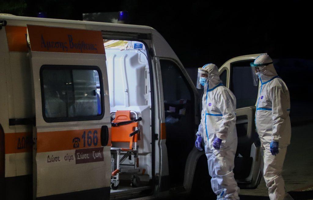 Ο Τσίπρας «ξεφτιλίζει» την κυβέρνηση για την συνδρομή των ιδιωτικών κλινικών στην πανδημία
