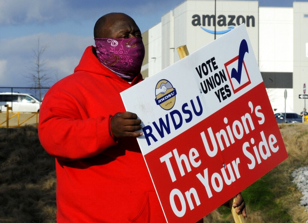 Amazon: Σήμερα η ιστορική απόφαση για ίδρυση συνδικάτου