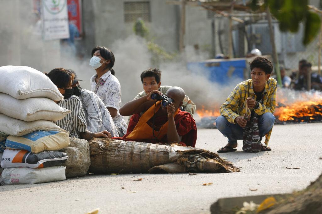 Μιανμάρ: Η χούντα κατηγορεί τους διαδηλωτές για τη βία