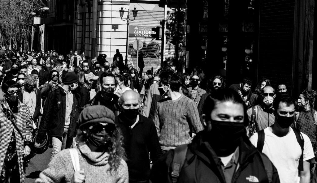 Ηλιόπουλος: Κατάργηση 8ωρου, μείωση μισθού και στήριξη στην εργοδοτική αυθαιρεσία προωθεί το νομοσχέδιο της ΝΔ
