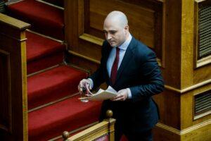 ΣΥΡΙΖΑ: «Αδύναμος ο Μητσοτάκης- Δεν τολμά να διαγράψει τον φασίστα Μπογδάνο»
