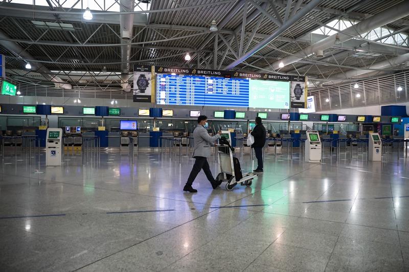 YΠΑ: 'Εως 19 Απριλίου μόνο οι ουσιώδεις μετακινήσεις στις πτήσεις εσωτερικού