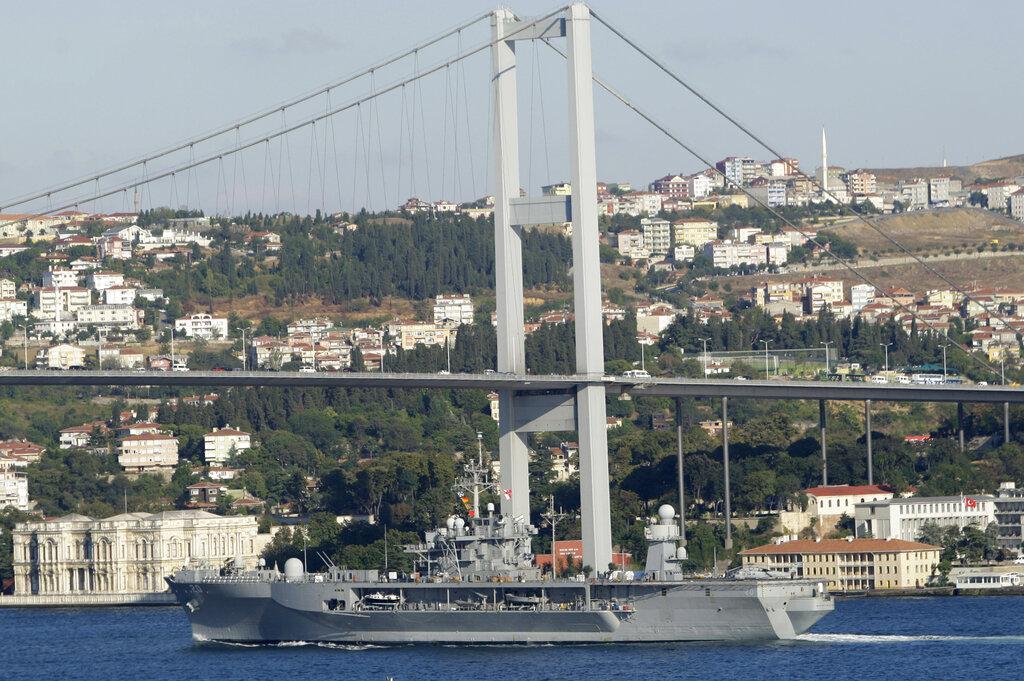 ΗΠΑ-Τουρκία: Αμερικανικά πολεμικά πλοία θα διασχίσουν τα Στενά και θα αναπτυχθούν στη Μαύρη Θάλασσα