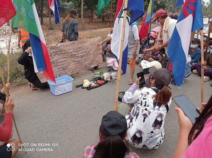 Μιανμάρ: Συνεχίζεται το λουτρό αίματος διαδηλωτών – Βομβαρδίζουν άμαχους (Videos)