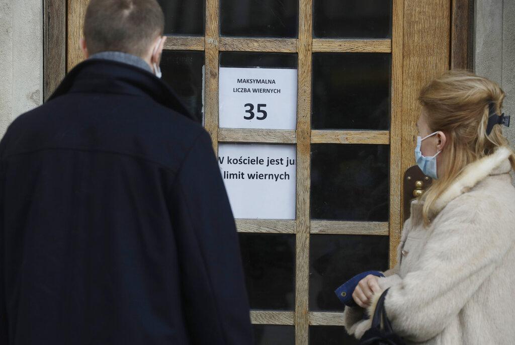 Πολωνία: Πάνω από 35 χιλιάδες νέα κρούσματα – Κατέρρευσε η πλατφόρμα εμβολιασμού