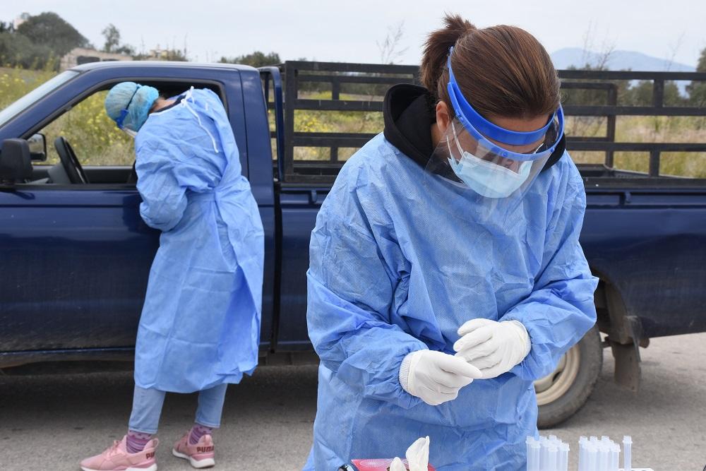Koρονοϊός: 78 νέοι θάνατοι, 749 διασωληνωμένοι και σχεδόν 2.000 κρούσματα