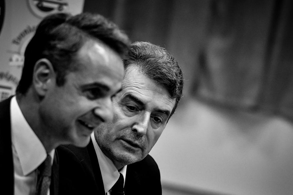 Δυσαρέσκεια για Χρυσοχοΐδη – Ανοικτό το ενδεχόμενο απομάκρυνσης του υπουργού