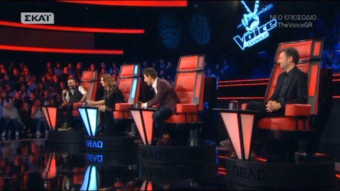 The Voice: Η πιο γλυκιά Ρουβίτσα εισέβαλε στο πλατό και έτρεξε στην αγκαλιά του Σάκη! (Video)