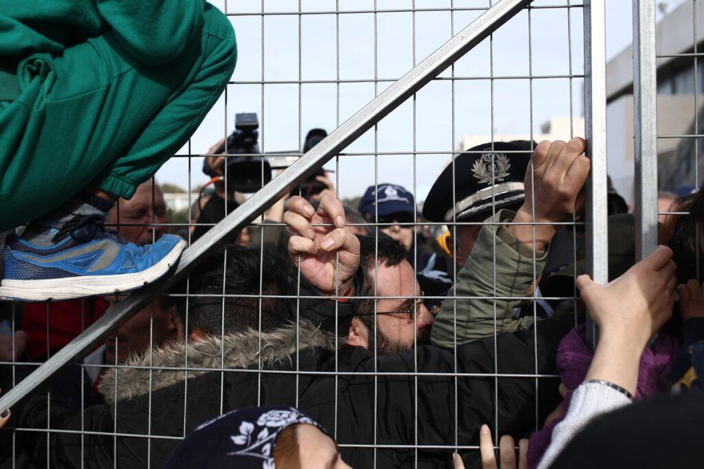 Ελληνικό: Ένταση και διαπληκτισμοί με τον Μουζάλα