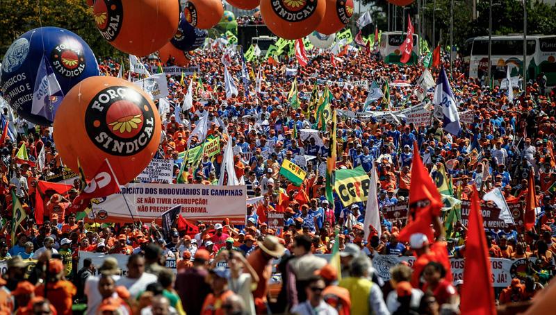 Βραζιλία: Βγήκε ο στρατός στους δρόμους