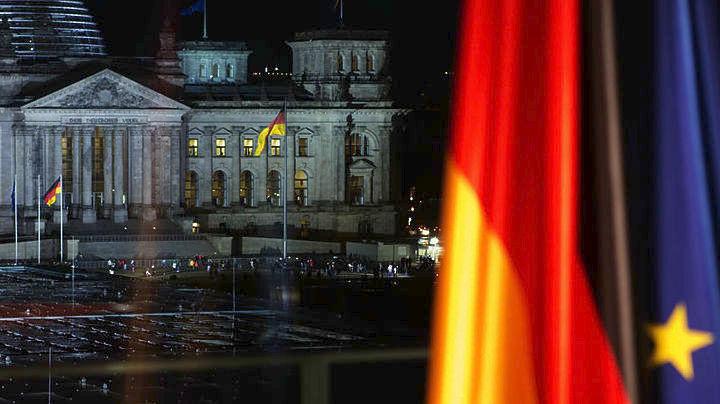 SZ: Η Γερμανία κέρδισε από την Ελλάδα 1,34 δισ. ευρώ