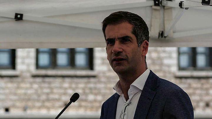 «Αδειάζει» Κυριάκο ο Κώστας Μπακογιάννης: «Μπορούμε να συνυπάρχουμε ακόμα κι αν διαφωνούμε»