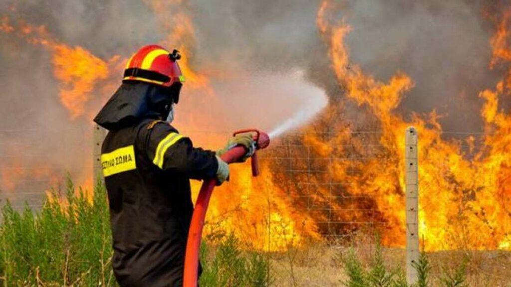 Πολύ υψηλός ο κίνδυνος για πυρκαγιές αύριο