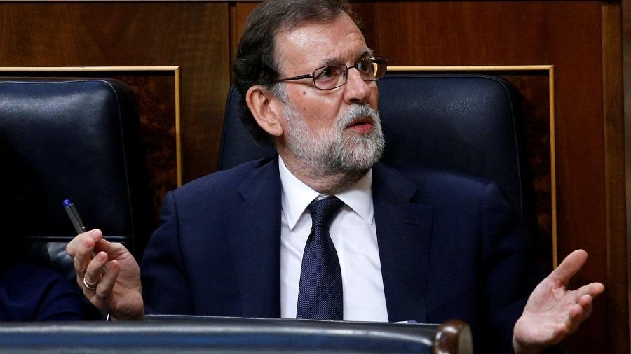 «Πόλεμος» Ραχόι-Βαρκελώνης για το καταλανικό δημοψήφισμα