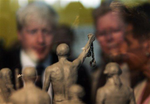 Απίστευτη ιστορία σύγχρονης δουλείας στη Βρετανία: Δούλευαν όλη μέρα, αμείβονταν (ενίοτε) με φαγητό