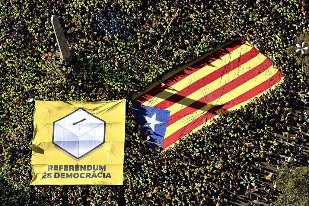 Η ισπανική κυβέρνηση εξετάζει όλες τις επιλογές για το Καταλανικό ζήτημα