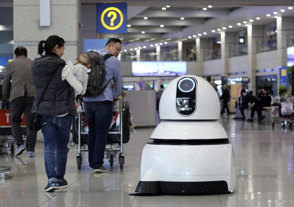 Το είδαμε και αυτό: Λαμπαδηδρόμος-ρομπότ στους χειμερινούς Ολυμπιακούς της Νότιας Κορέας