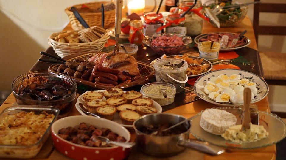 Με αυτές τις τροφές θα ρίξετε τη χοληστερίνη που …κατακτήσατε τα Χριστούγεννα