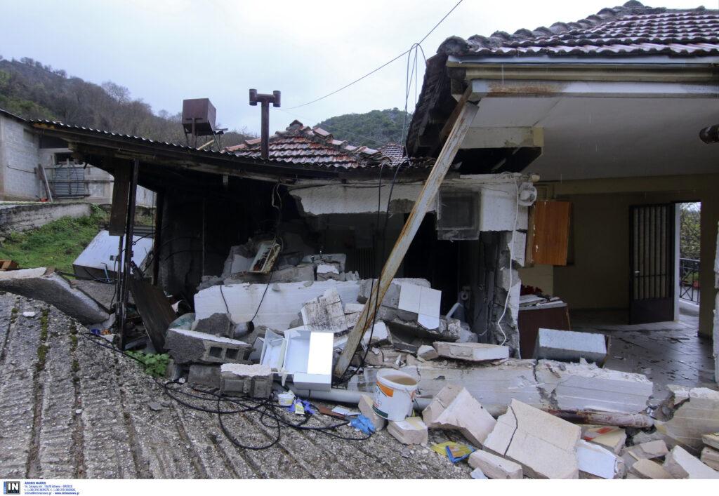 Εικόνες καταστροφής από τις βροχές σε χωριά των Τρικάλων – Επίσκεψη Σκουρλέτη (photos)