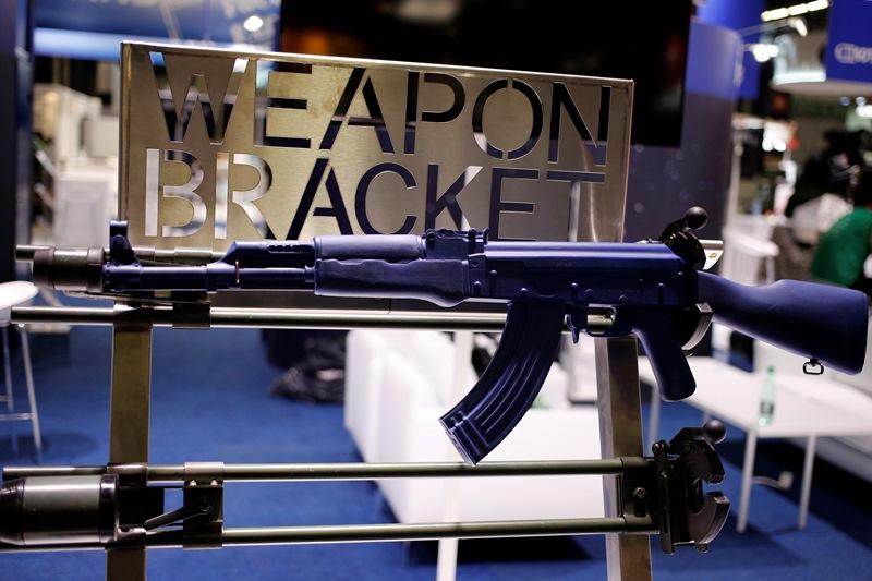 Σοβαρή καταγγελία από ΜΚΟ: Η Γαλλία συνεχίζει να πουλάει όπλα στη Μέση Ανατολή