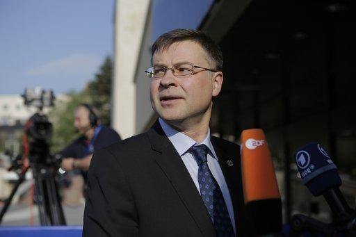 Μετά το Χουλιαράκη και ο Ντομπρόβσκις διαψεύδει το Reuters: Μετά το Φεβρουάριο η εκταμίευση των κερδών