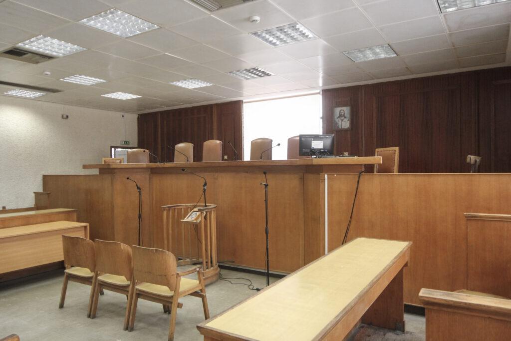 Θεσσαλονίκη: Δάσκαλος καταδικάστηκε σε κάθειρξη 48 χρόνων για αποπλάνηση μαθητριών του