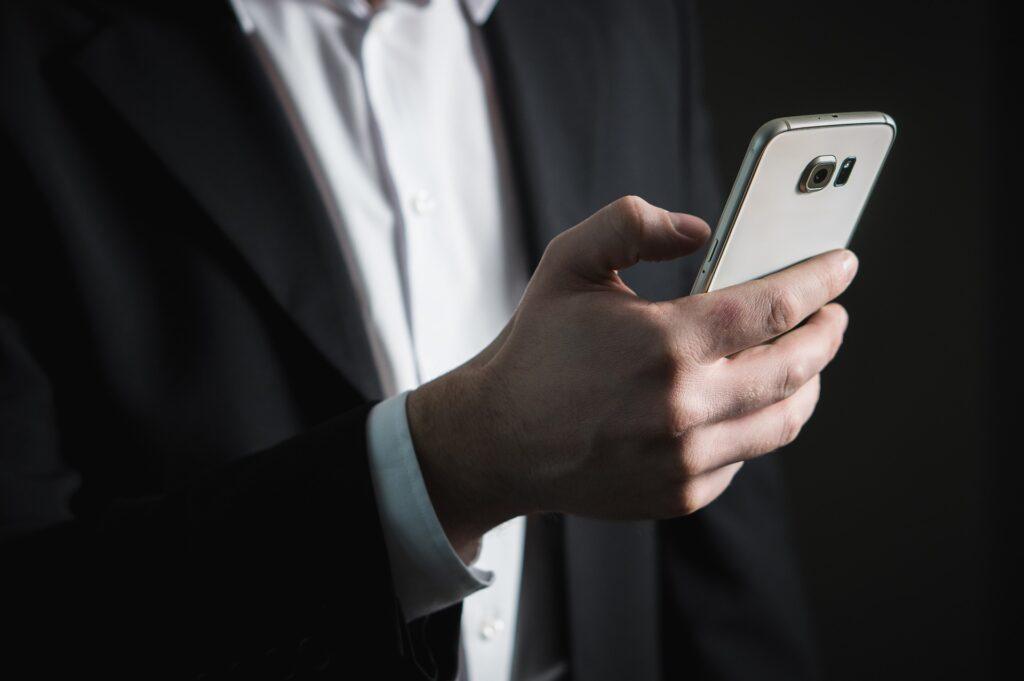 Συνήγορος Καταναλωτή: Δείτε που καλείτε δωρεάν για βλάβες σε σταθερά και κινητά
