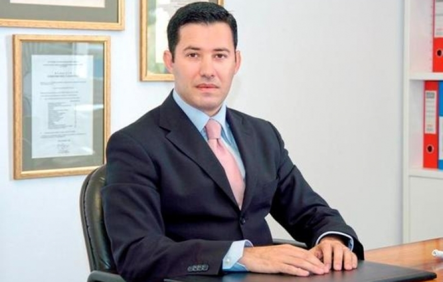 Νίκος Μανιαδάκης: Τους είχε καρφώσει για το #Novartis_Gate αλλά ξαφνικά τον αγαπάνε;