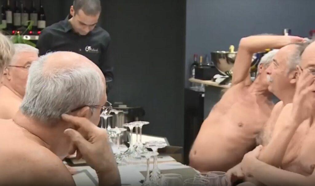 Λουκέτο βάζει το μοναδικό εστιατόριο γυμνιστών στο Παρίσι – Δείτε για ποιο λόγο (Video)
