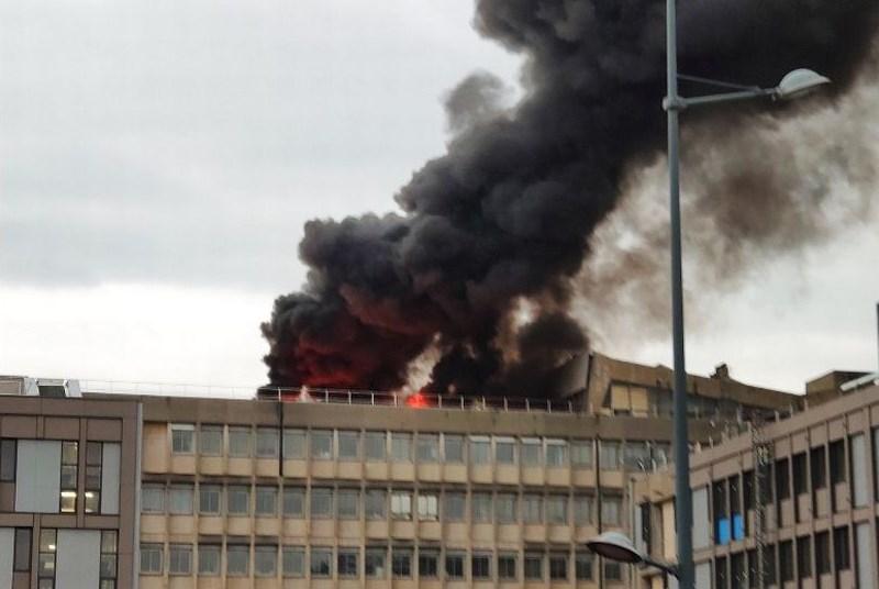 Γαλλία: Τρεις ελαφρά τραυματίες από την έκρηξη στο πανεπιστήμιο της Λιόν (Video)