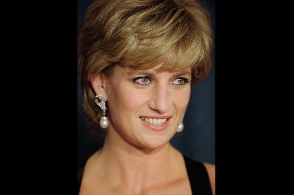 Το BBC απολογήθηκε στο παλάτι για την περίφημη συνέντευξη με τη Νταϊάνα