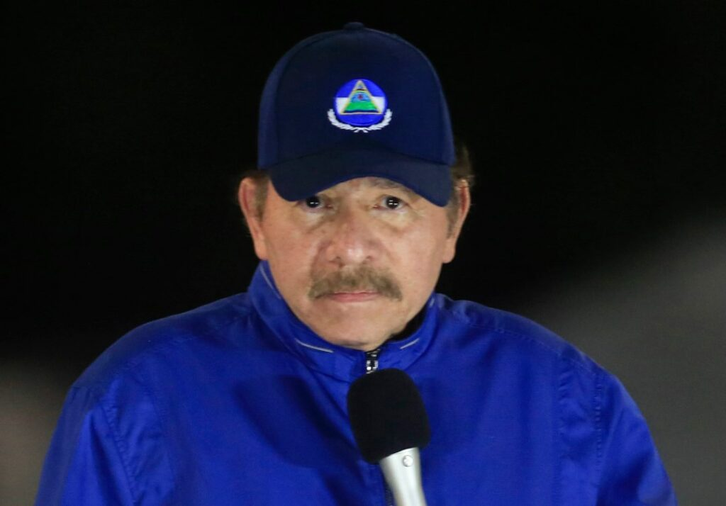 Ο Ορτέγα φιμώνει τον Τύπο στη Νικαράγουα