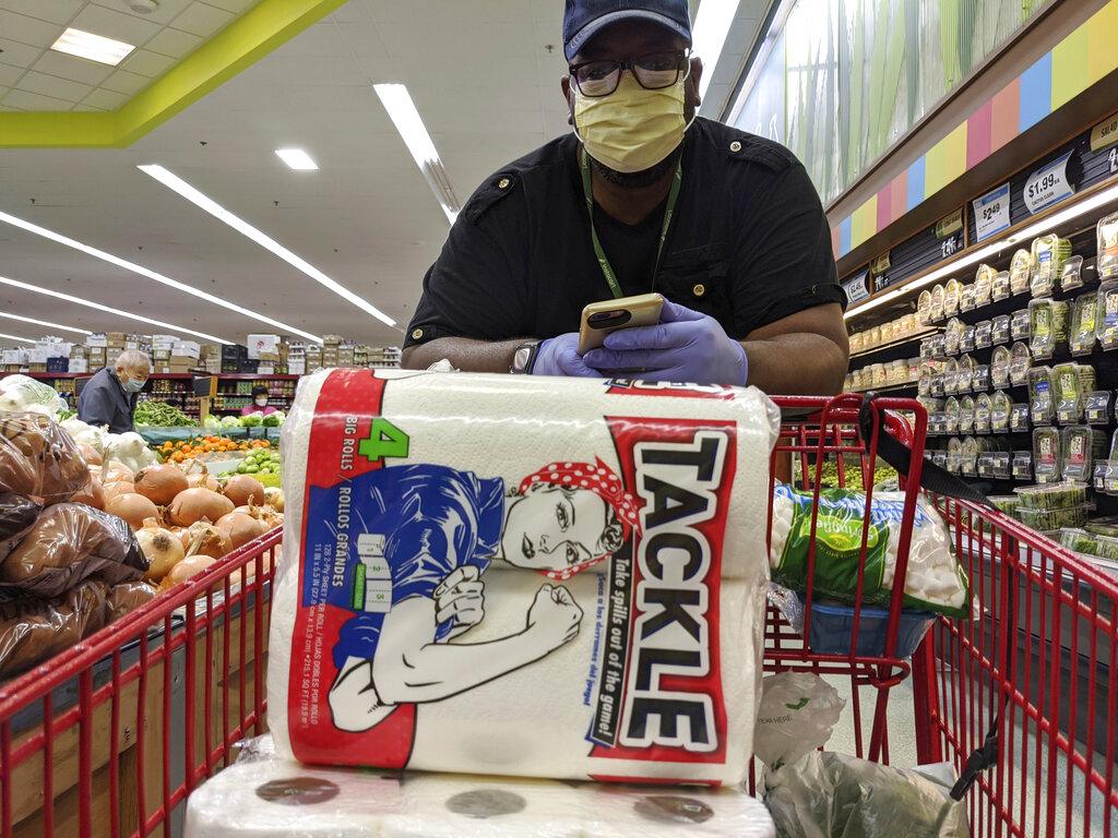 Απίστευτο περιστατικό σε σούπερ μάρκετ στις ΗΠΑ: Την πυροβόλησε για… χρήση μάσκας