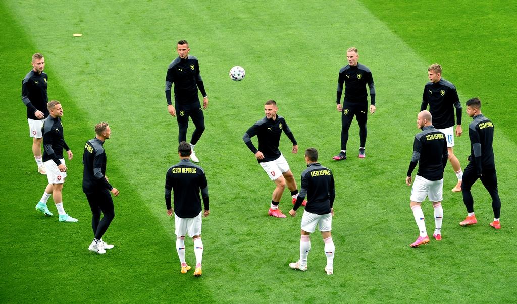 Euro 2020: Έχει… ελληνικό ντέρμπι στη Σεβίλλη