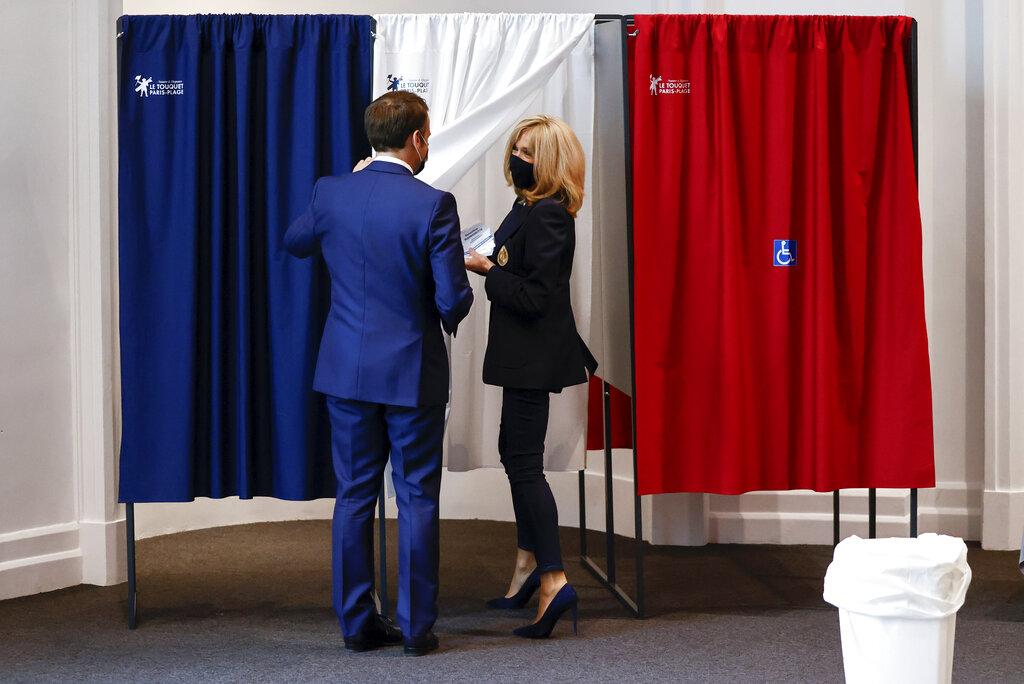 Εκλογές Γαλλία: «Ήττα για το κόμμα Μακρόν» λέει ο υπουργός Εσωτερικών